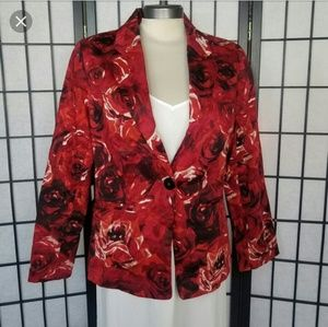 Chico's red floral blazer with pockets